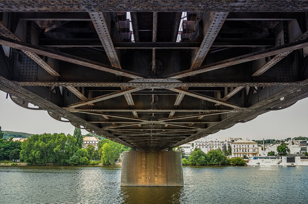 크기변환_Railroad_bridge-1.jpg